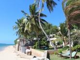Peponi-Lamu_Beach-frontage